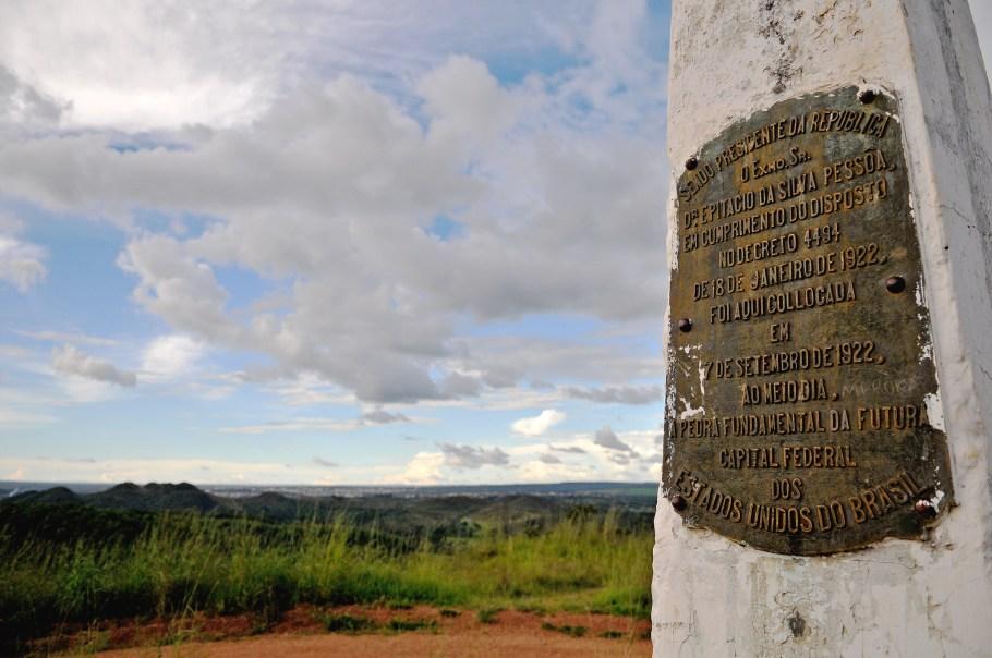 Planaltina - 160 anos de história, tradição e fé - Bernadete Alves