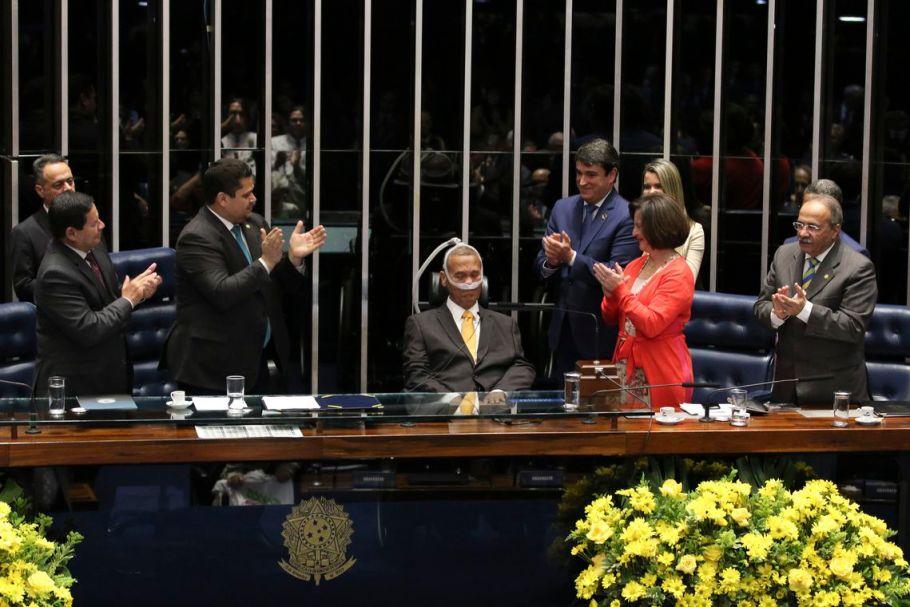 Senado realiza Sessão Especial em homenagem ao general Eduardo Villas Bôas - Bernadete Alves