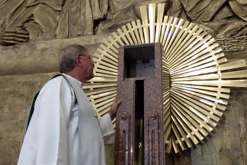 Brutalidade tira a vida do padre Casemiro na 702 Norte - Bernadete Alves