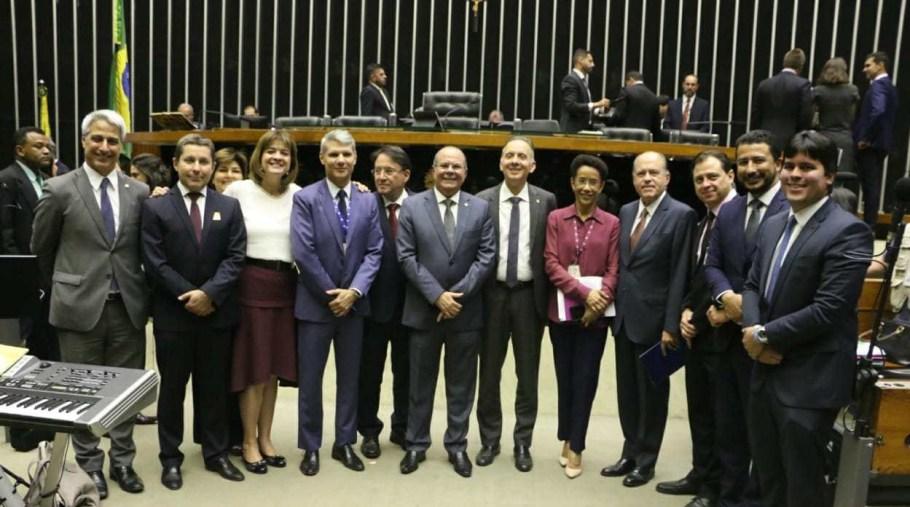 Câmara realiza sessão em homenagem aos 50 anos do Jornal Nacional - Bernadete Alves