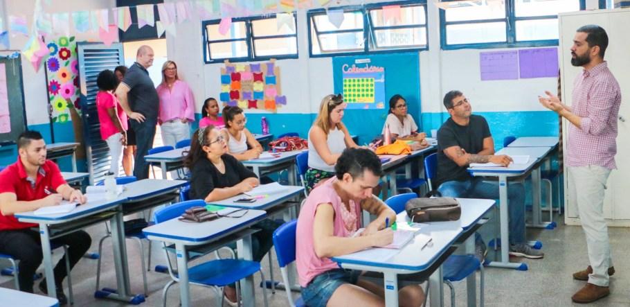 GDF proporciona estudo da Constituição à população do Varjão - Bernadete Alves