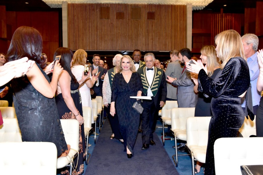 Gracia Cantanhede toma posse na ALB em cerimônia na Embaixada de Portugal - Bernadete Alves