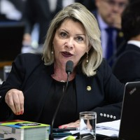 TSE cassa mandato da senadora Selma Arruda e suplentes