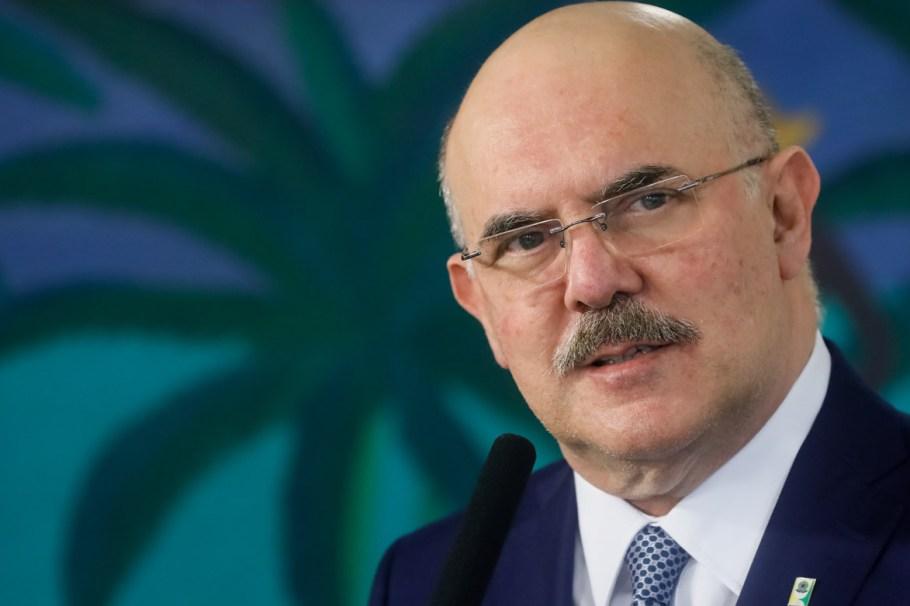 Milton Ribeiro assume o MEC prometendo diálogo e respeito ao professor - Bernadete Alves