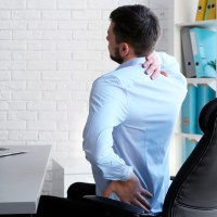 Educação postural: aprendizado desde a infância