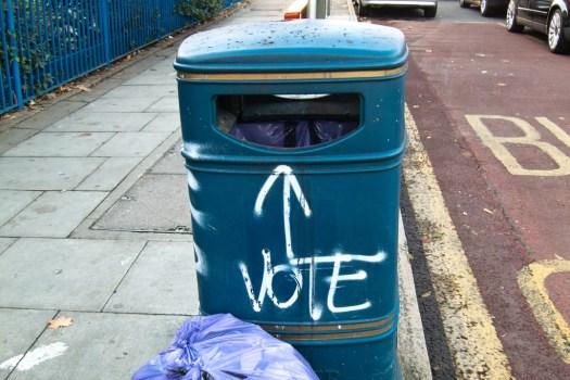 Democracia en papelera