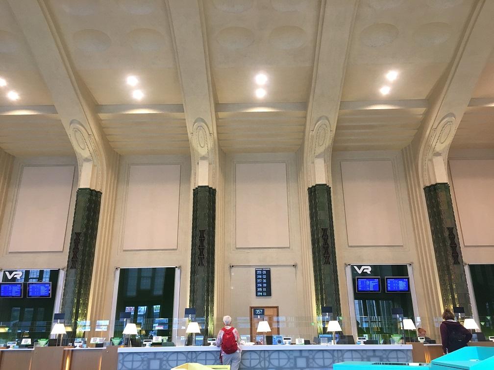 Interrail yaparken tren istasyonunda rezervasyon yapma – Helsinki Train Station