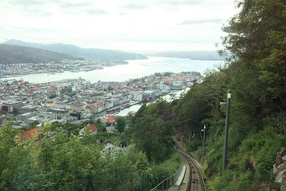 Bergen Floyen Tepesi'nde bakış