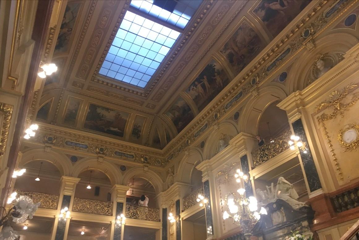 Lviv Opera Binası'ndayız!