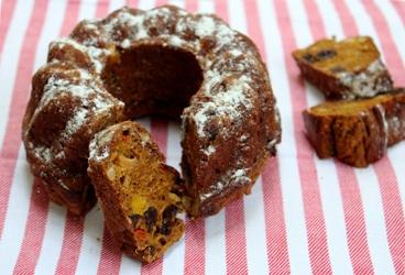 Berndien bereidt - Gezonde kerstcake met tutti frutti