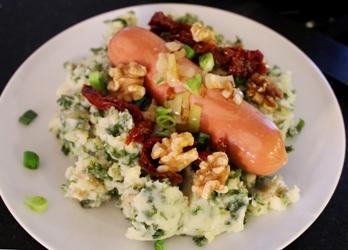 stamppot boerenkool met walnoten en zongedroogde tomaatjes1