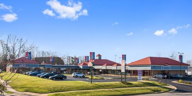 Shaw Road Sterling Village Retail Center