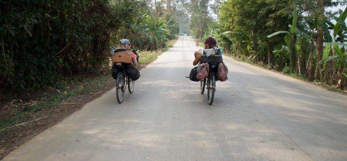 Sanne en Michiel uit Den Haag op de ligfietsen