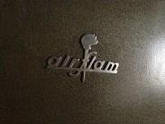 28 février : logo d'une marque sur une vieille chaudière