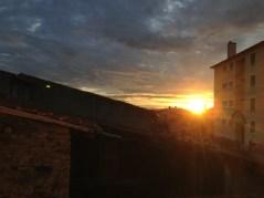 Mardi 1er Octobre : Lever de soleil vu depuis notre future salle de bain
