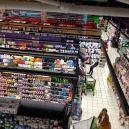 Samedi 9 mai 2015 : les couleurs du rayon beauté d'un supermarché