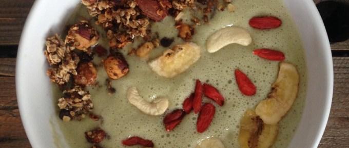 Recette de smoothie bowl au thé matcha