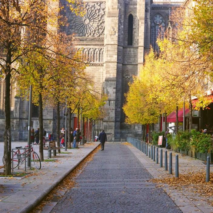 Automne Place de la Victoire à Clermont-Ferrand