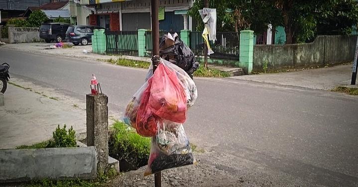 DLHK Sebut 70% Sampah di Pekanbaru Dikelola Secara Ilegal