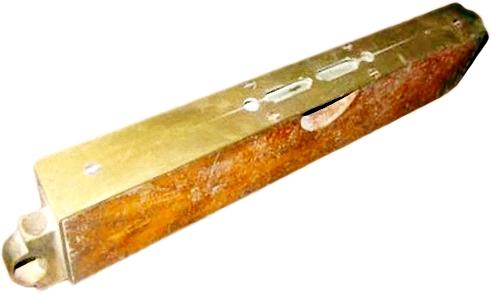 Werkzeug: antike Wasserwaage