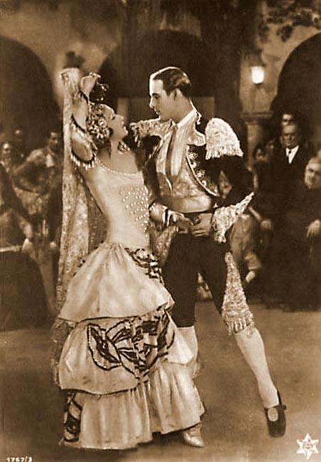 Schauspieler Rudolph Valentino mit Filmpartnerin