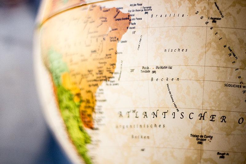 Ausschnitt eines Globus (Südamerika und Atlantik]