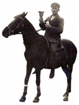 sw Foto: Ausscheller auf einem Pferd