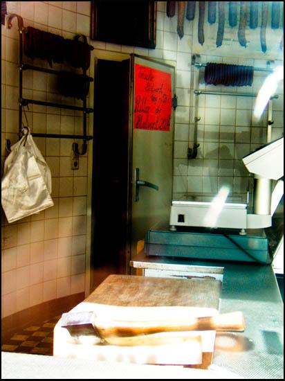 Foto: Blick ins Innere einer Fleischerei