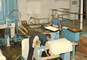 Papier schöpfen, Papiermacher