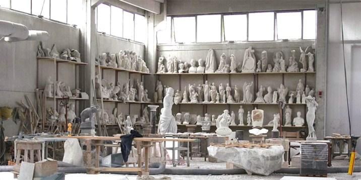Steinbildhauer, Bildhauer, Bildhauerwerkstatt