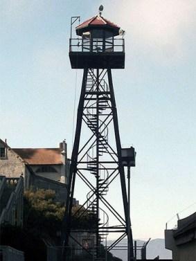 Farbfoto vom Wachturm