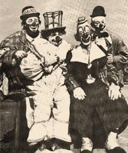 sw Gruppenfoto: spanisches Clown-Quartet - 1935