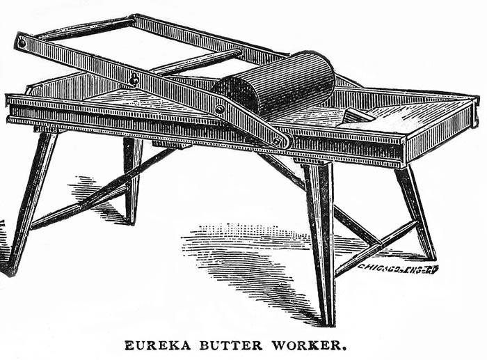 sw-Bild: mechanischer Butterbereiter