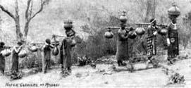 sw: Wasser tragen in Kalebassen