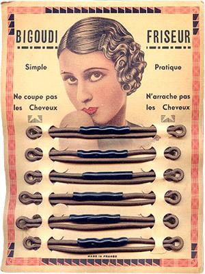 Farbfoto: Pappkarte mit umwickelten Rundgummis - 1920, Frankreich