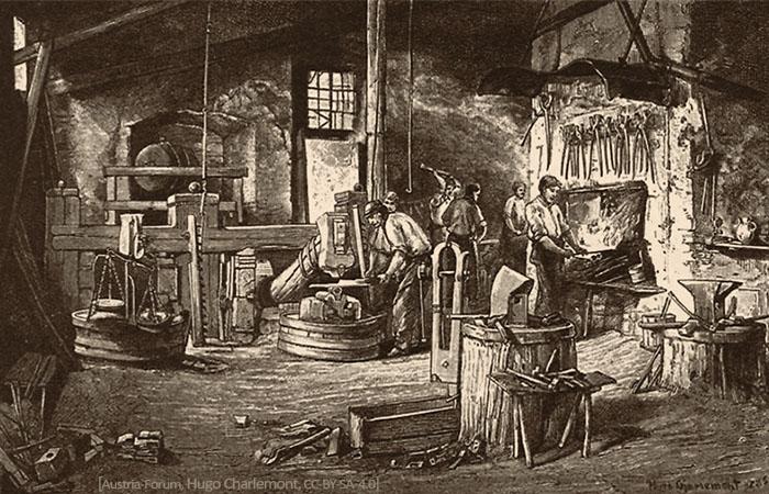 Zeichnung: Blick in eine Hammerschmiede mit mehreren beschäftigten Schmieden - 1883, Österreich