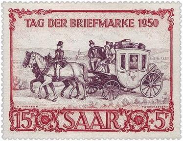 Briefmarke: Postillion reitet auf einem der zwei Kutschpferde