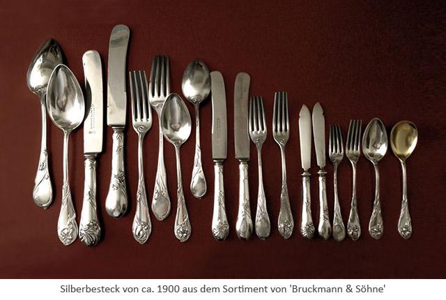 Farbfoto: Silberbesteck aus dem Sortiment von 'Bruckmann & Söhne' ~1900