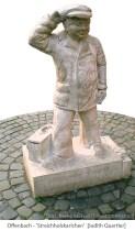 Kalksteinskulptur: Karl-Winterkorn-Denkmal in Offenbach von Judith Quartier