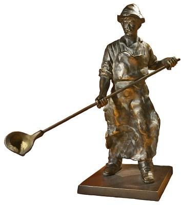 Arbeiter als Figur aus Bronze