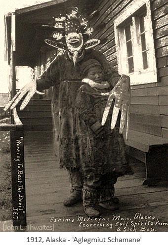 sw Foto: Aglegmiut Schamane - 1912, Alaska