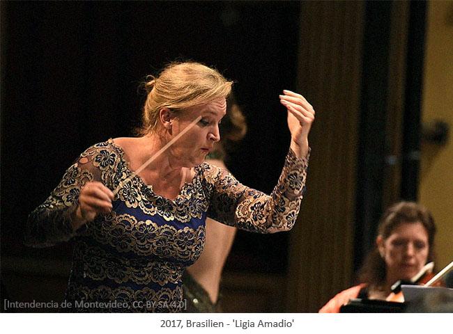 Farbfoto: Dirigentin Ligia Amadio - 2017, Brasilien