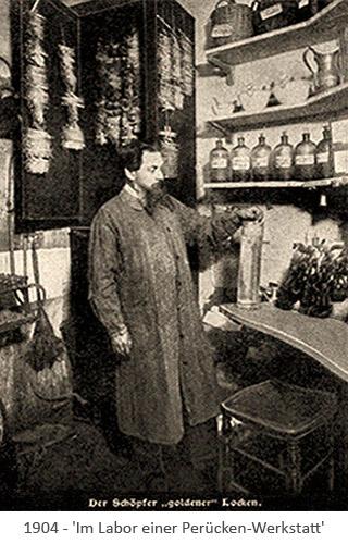sw Foto: Blick ins Labor einer Perücken-Werkstatt - 1904