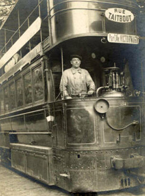 altes sw-Foto: Straßenbahnfahrer