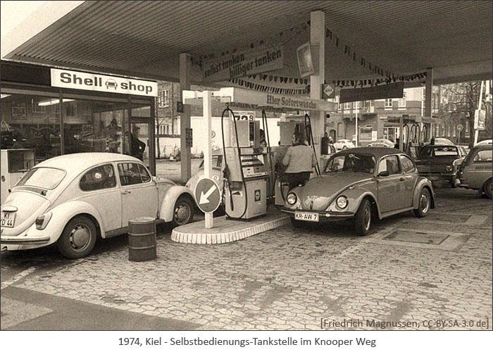 sw Foto: Selbstbedienungs-Tankstelle und Shop - 1974, Kiel