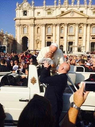 Papst franziskus Baby Kissing Rom vatikan