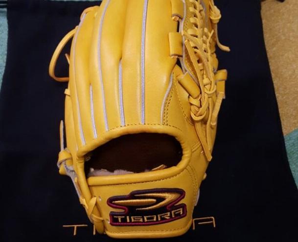 ティゴラのグローブを使っているプロ野球選手がいた!?