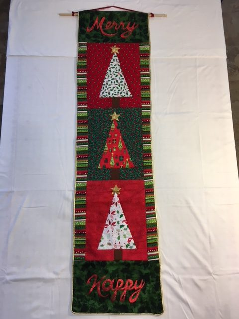 Quilted Christmas Door Hanger