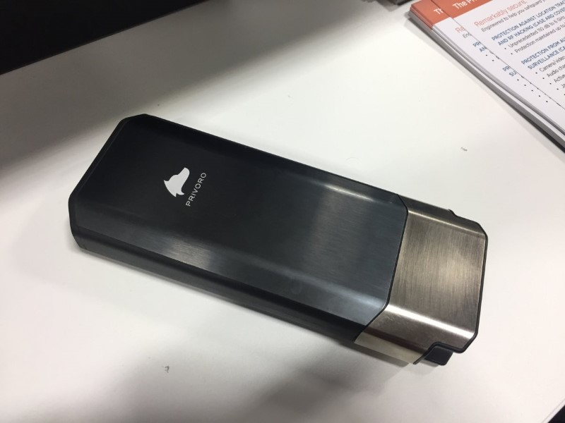 غطاء هاتف بسعر 1000$ قادر على حمايتك من التجسس