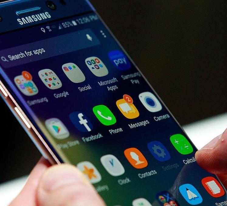 "سامسونغ سوف تبيع هواتف ""بعد تجديدها"""